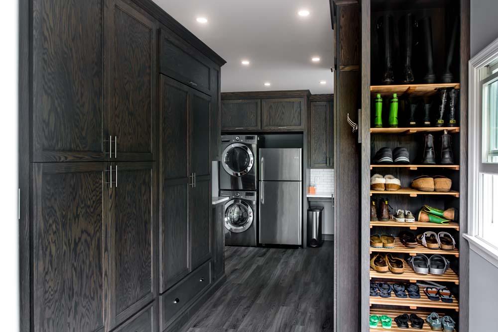 Cabinets/Shelving 12