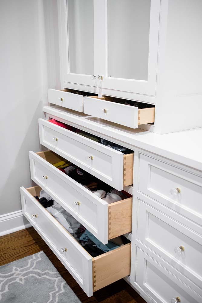 Cabinets/Shelving 26
