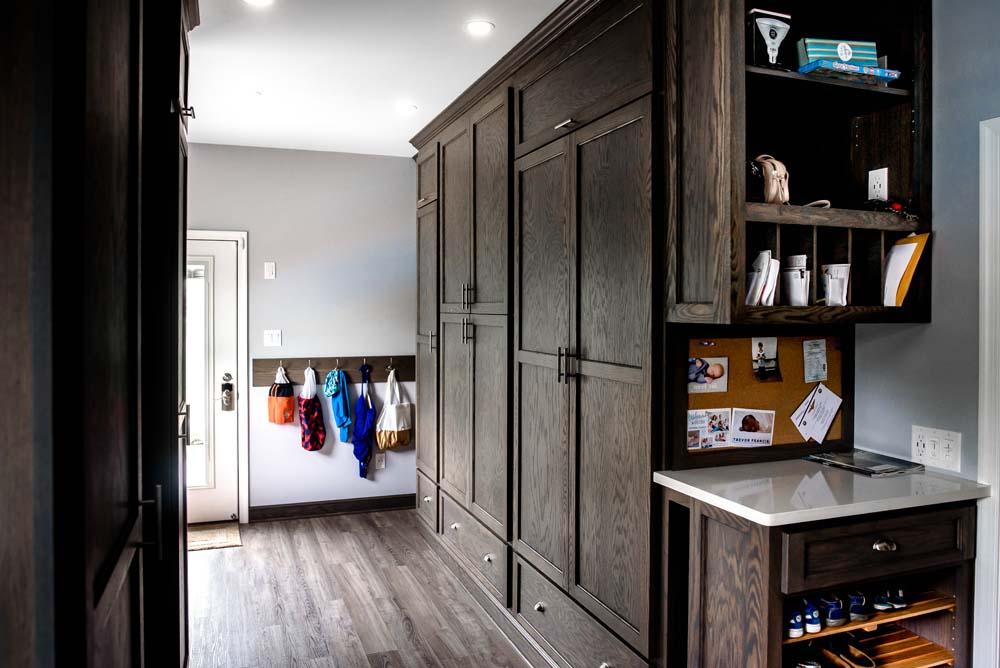 Cabinets/Shelving 20